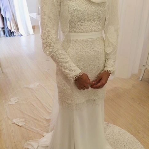 Kesilapan Pengantin Selepas Majlis Pada Baju Perkahwinan